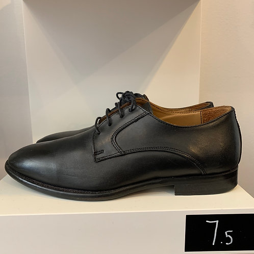 Barneys NY Oxfords