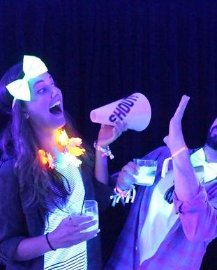 Lumiere noire UV black light party fluo