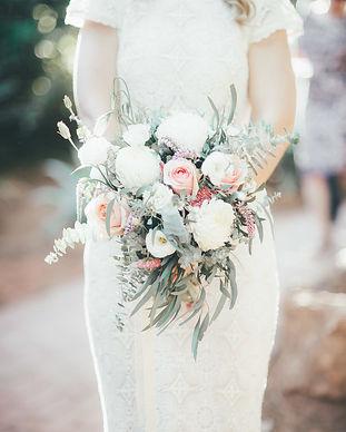 Bouquet de fleurs provence mariage.jpg