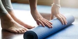 yogaspraymain-1000-1518563269.jpg