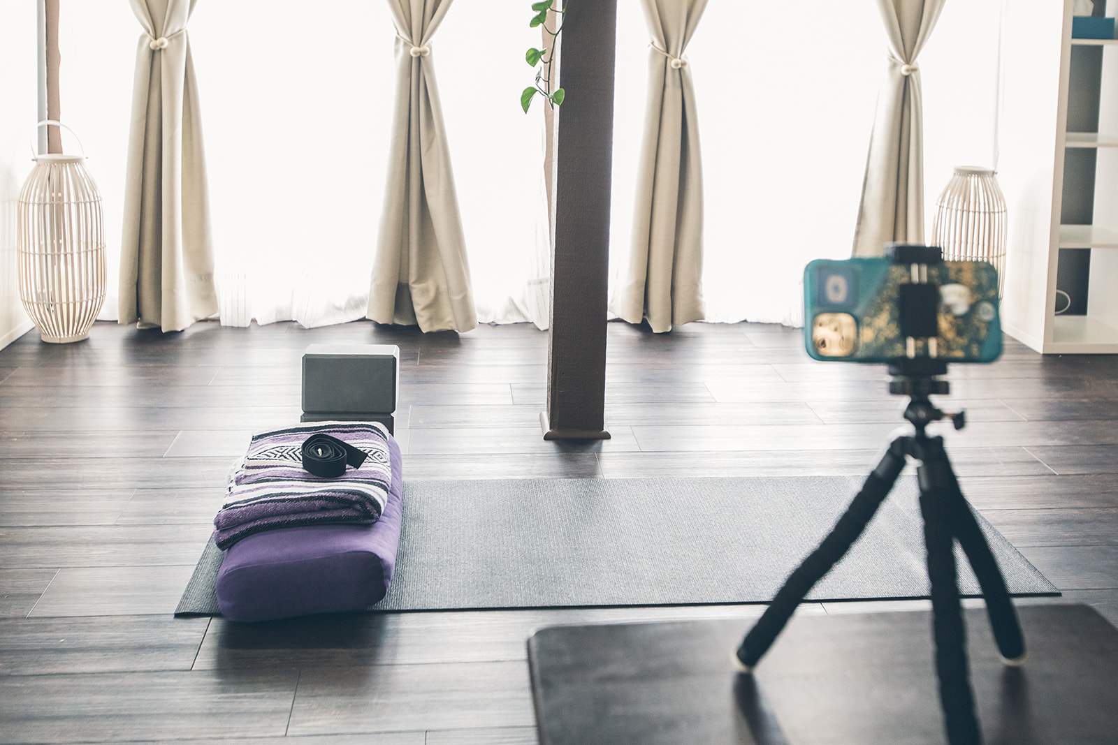 Livestreaming Yoga Classes