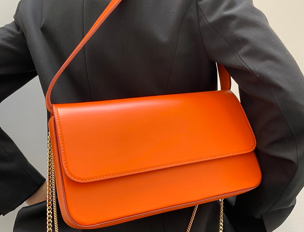 irAro X VIKELE STUDIO orange bag