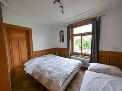 b4 bedroom