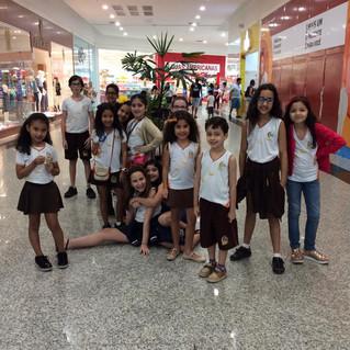 Vencedores do I Concurso Interno de Redação, comemoram em grande estilo no Shopping Pátio Mix