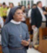 Irmã Cristina Alves Ribeiro, presidente da Fundação Francisco de Assis em missa realizada na Fasb.