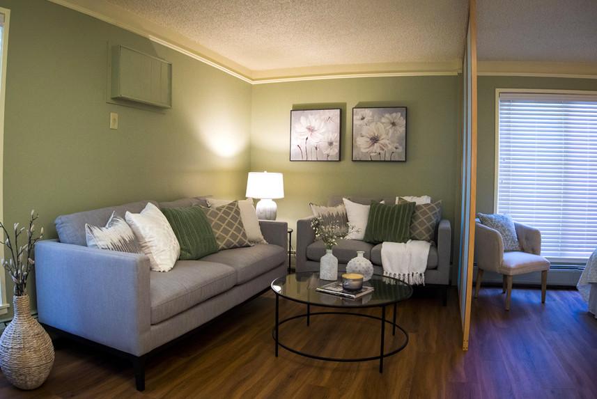 Typical Studio Apartment at Ridge Oak living room