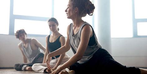 Учитель современного танца