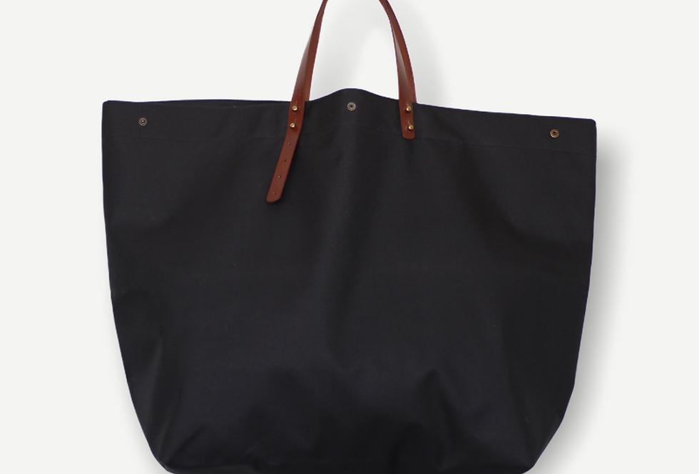 BLACK TARP BEACH BAG