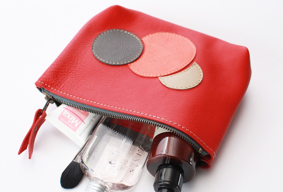Willa makeup bag in red and bubbles