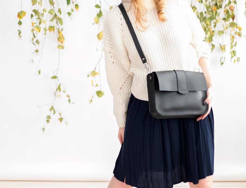 Astoria purse in black