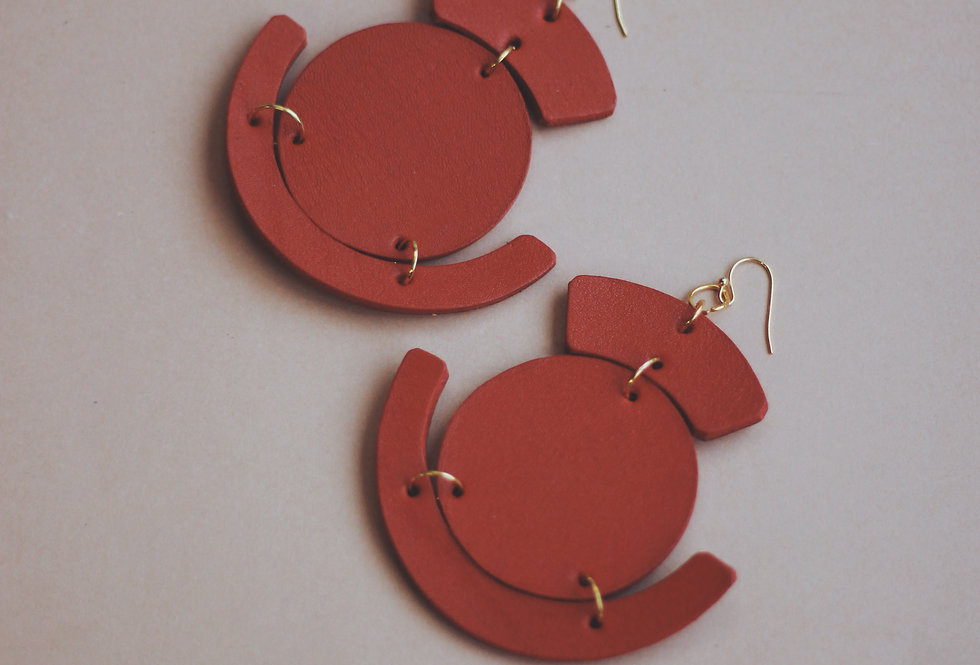 Oversize leather earrings red