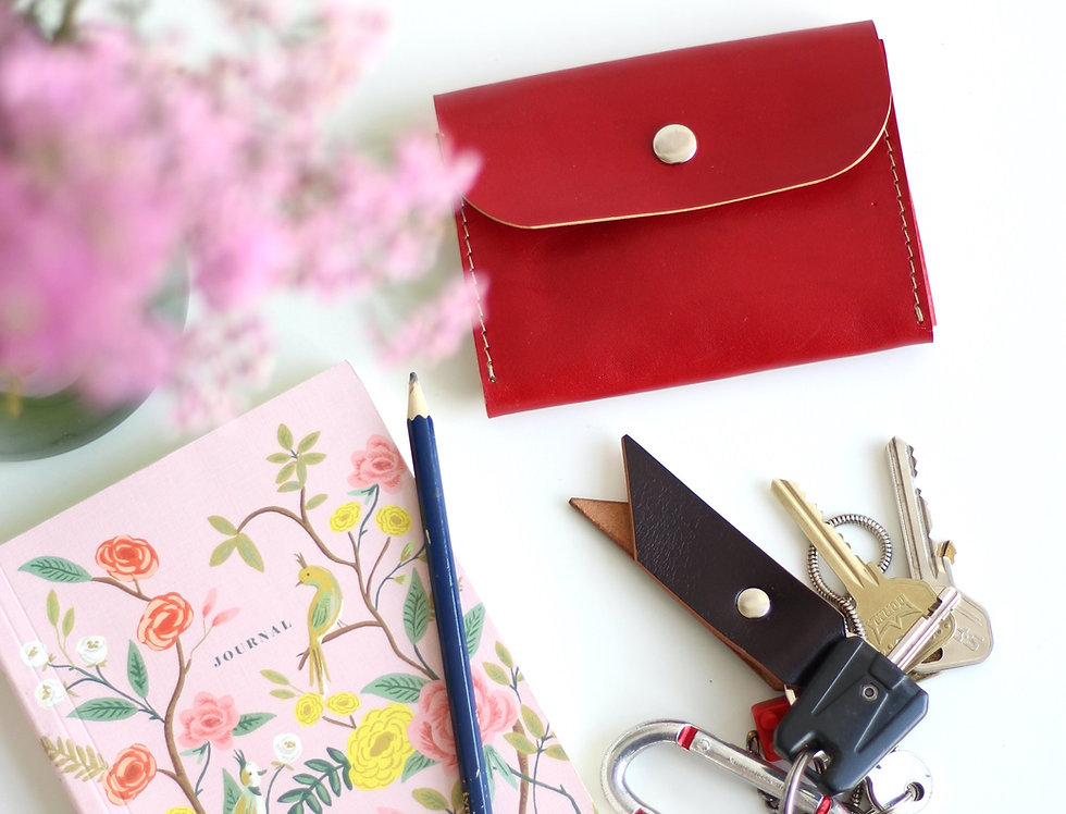 FRIDAY WALLET IN RED
