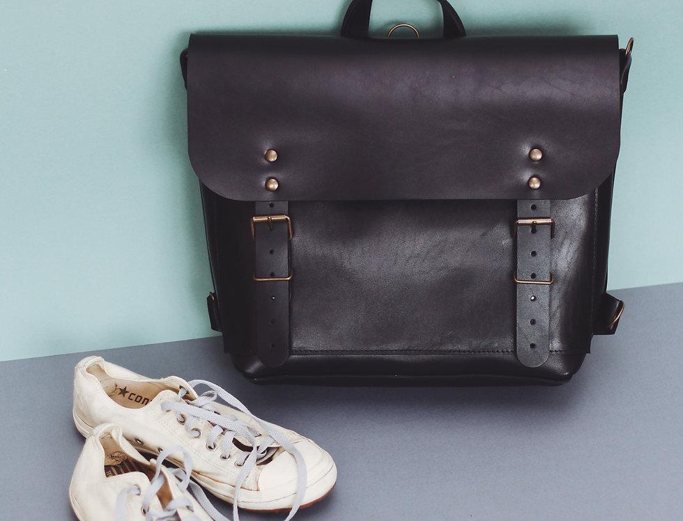 Benjamin backpack in black