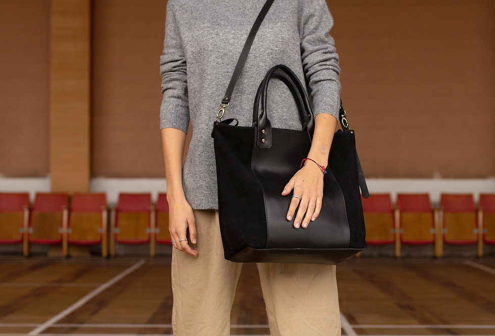 LUCIA LEATHER BAG IN BLACK WITH SUEDE DETAILS