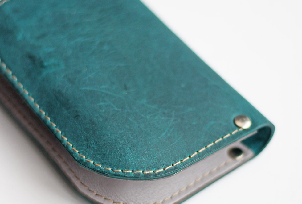 SUNDAY WALLET IN TURQUOISE