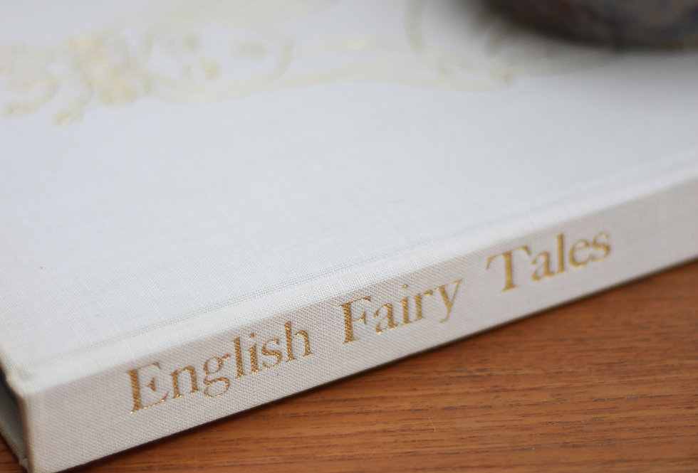 HARD COVER ENGLISH FAIRY TALES by PAUL HAMLYN 1965 EDITION IN WHITE