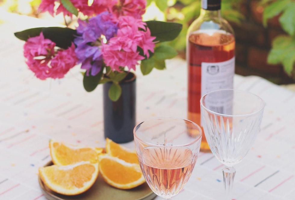 VINTAGE HEAVY GLASS WINE GLASSES SET OF FOUR