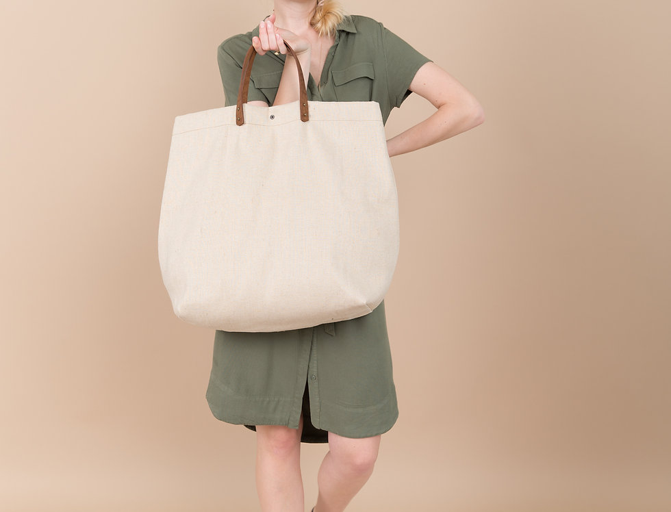 Leona canvas oversize beach bag with leather handles XL