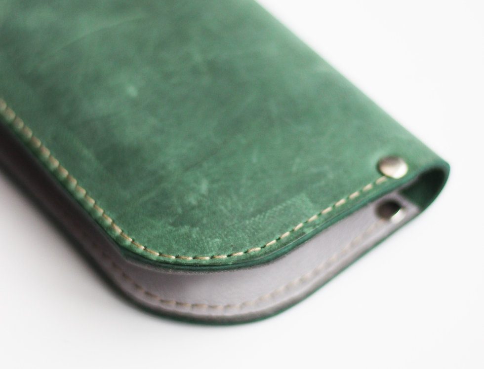 SUNDAY WALLET IN GREEN AND GREY