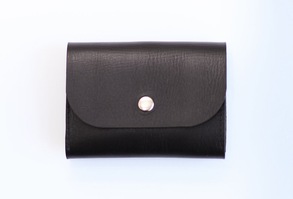 FRIDAY WALLET IN BLACK WITH SILVER DETAILS