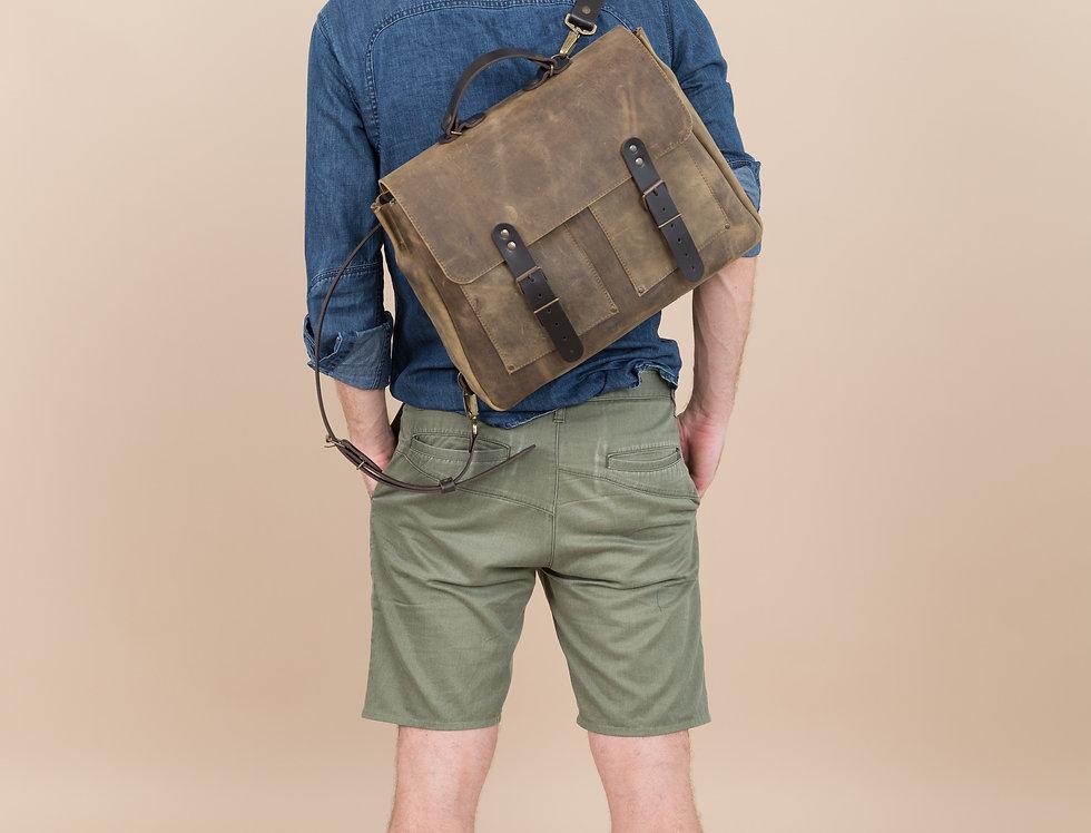 Cameron backpack in dirty khaki