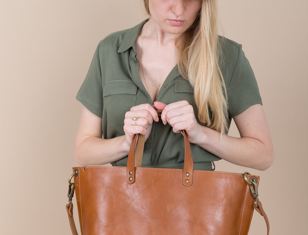 Dahlia handbag in caramel