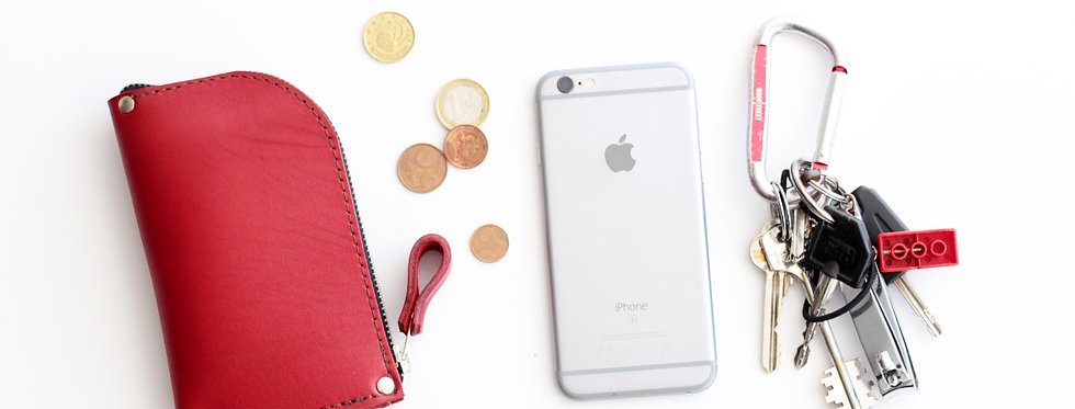 WEDNESDAY WALLET IN RED