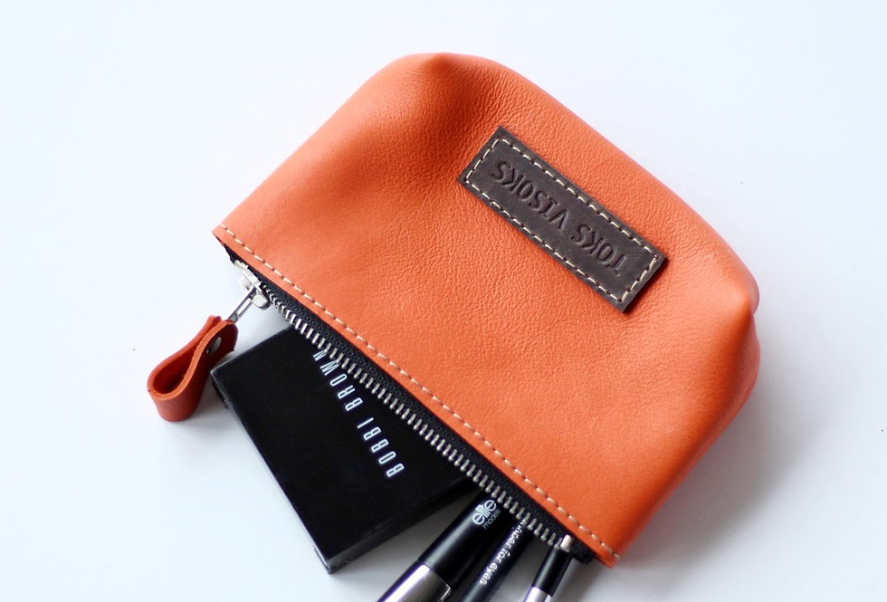 MINI WILLA MAKEUP BAG IN ORANGE