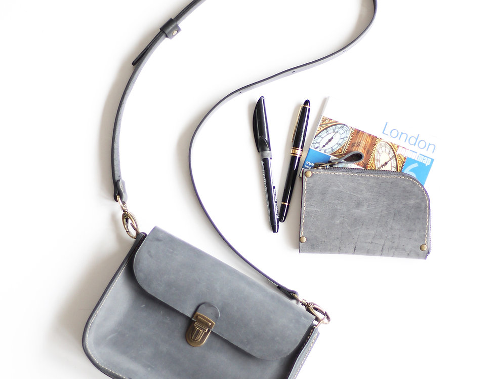 Nico purse in gray
