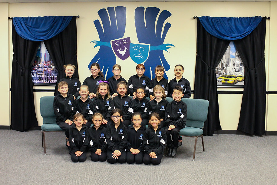 2019 Mini Troupe Group-6713.jpg