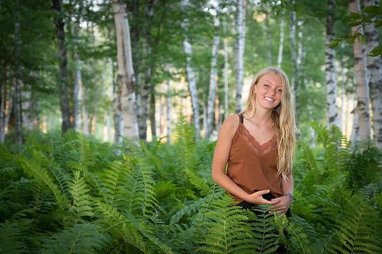 High-school-seniors-senior-pictures-Amanda-Starr