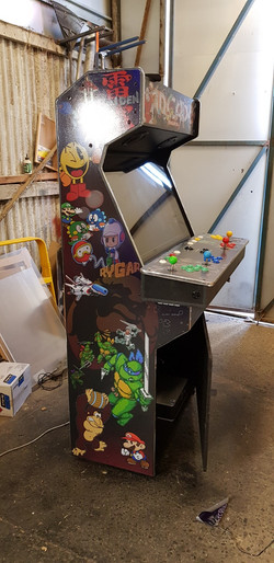 4 player arcade large screen