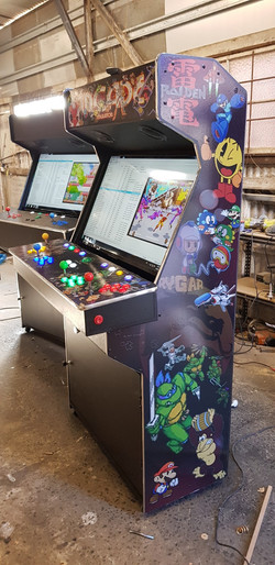 4 player large screen arcade