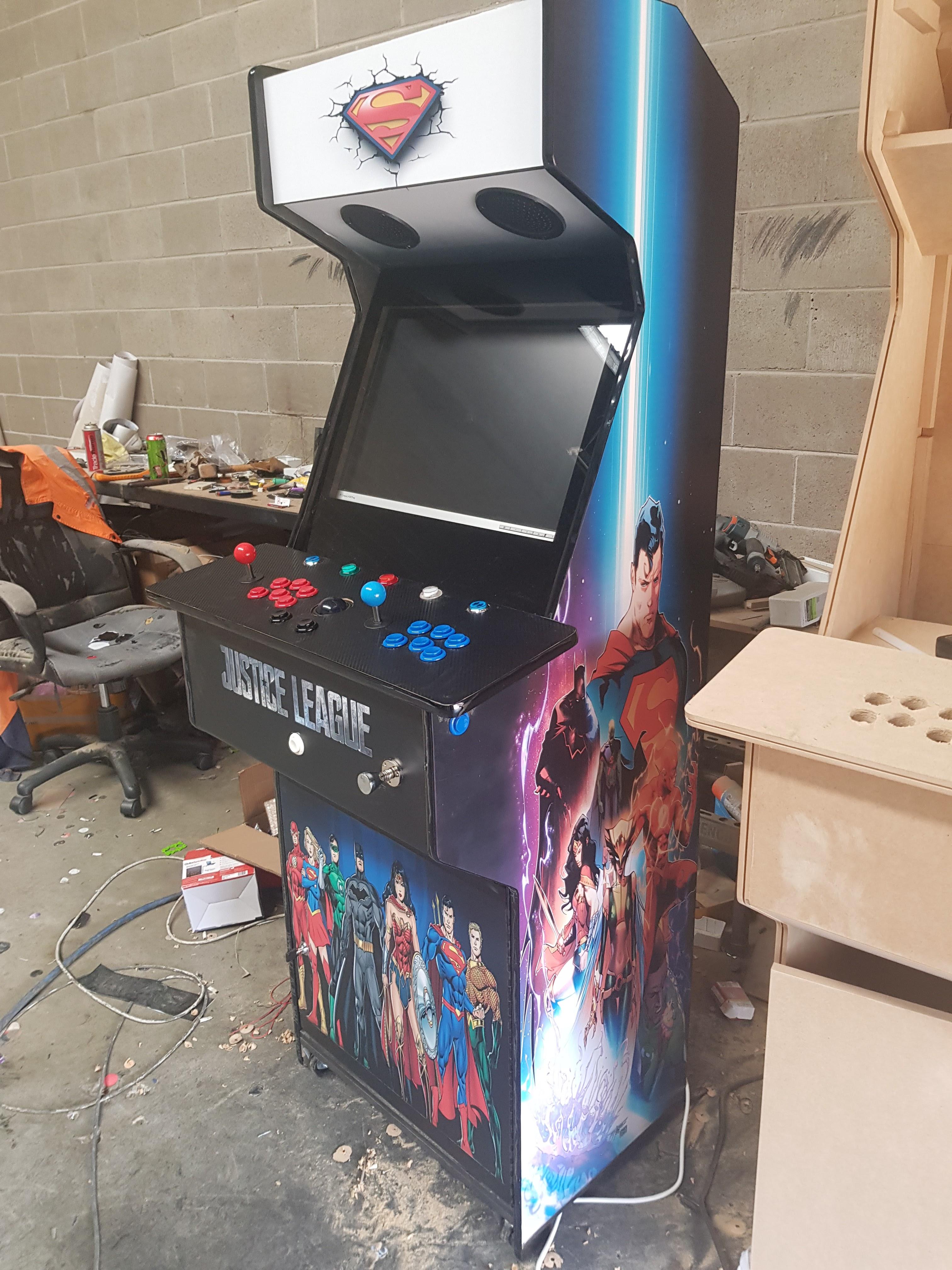 DC comics arcade