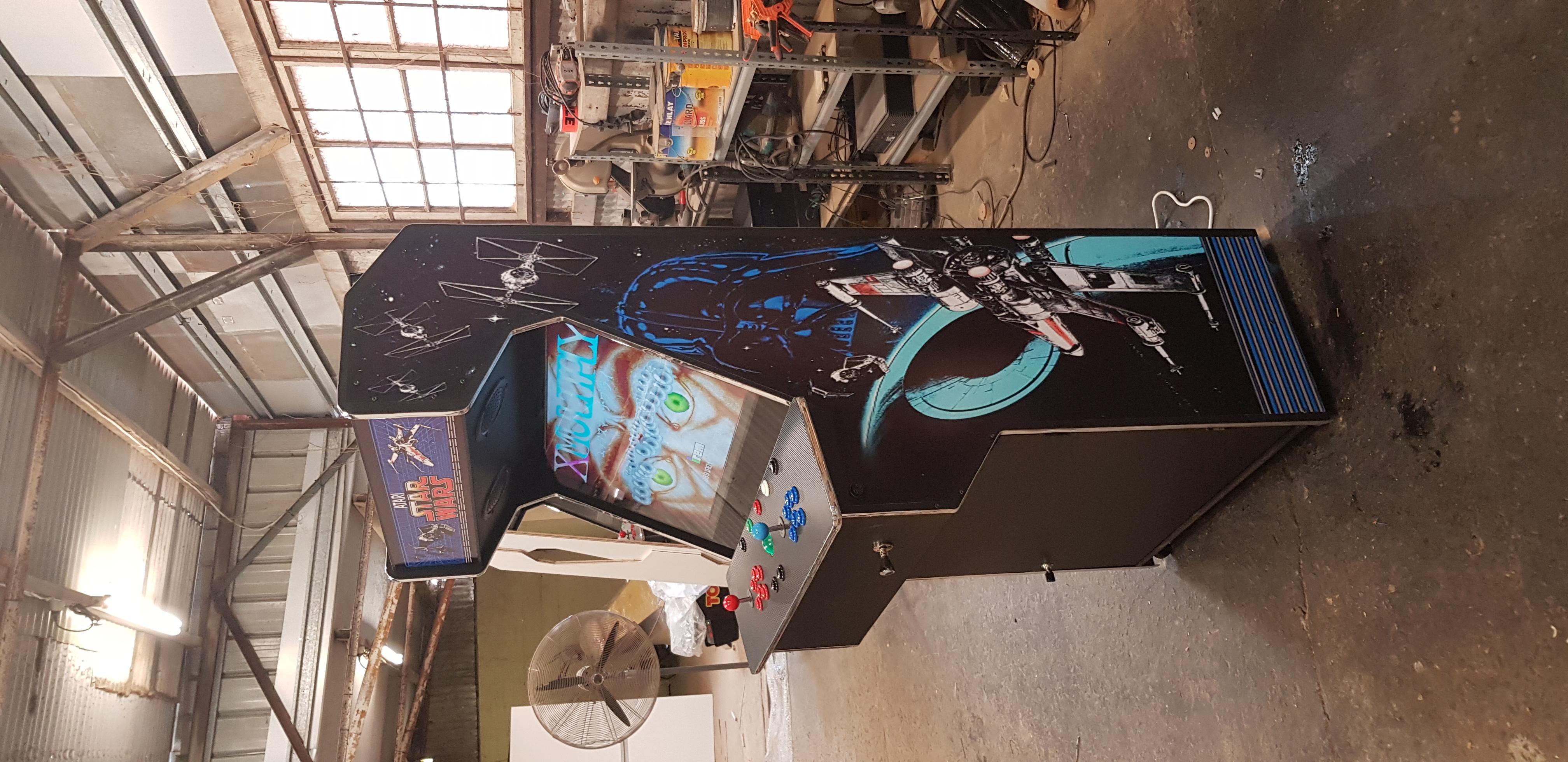 Star Wars arcade cabinet