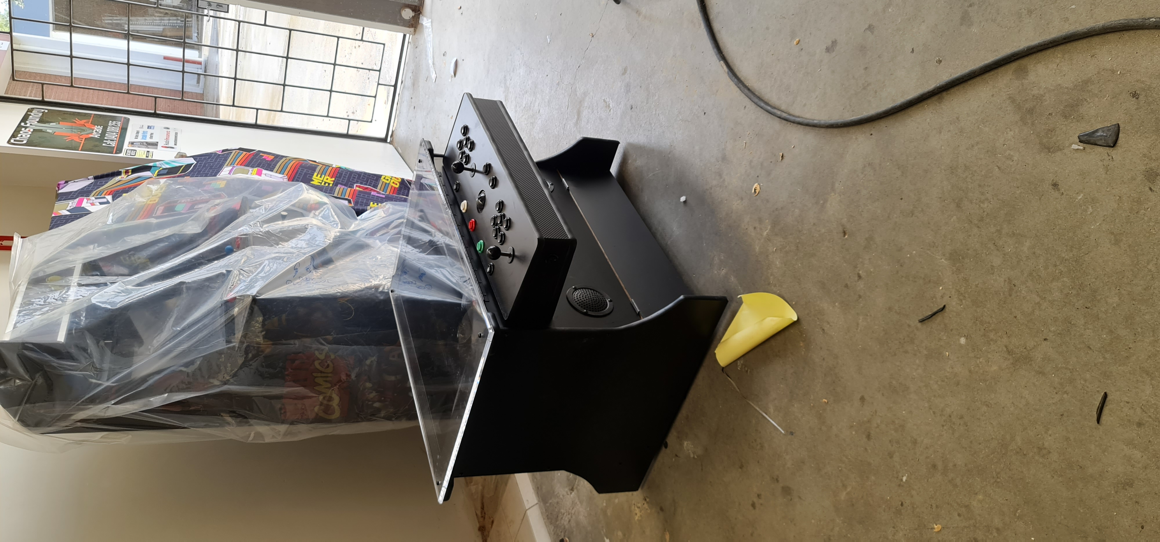 Coffee table arcade 32 inch