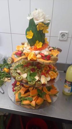 Esküvői gyümölcstál