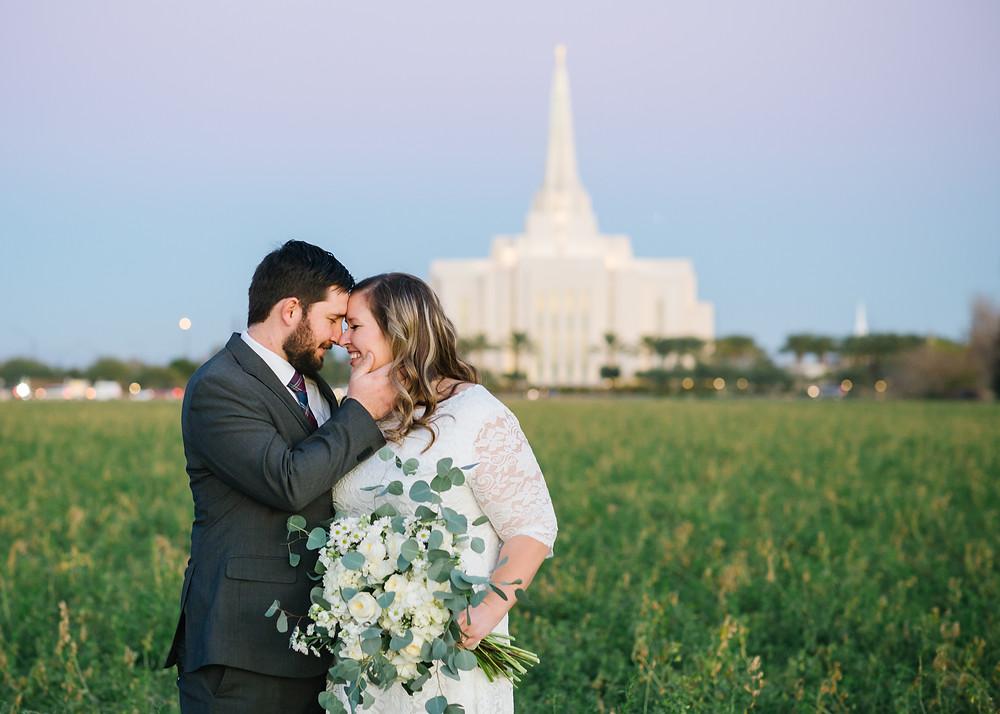Gilbert Arizona Temple Wedding, Utah Wedding Photographer, Arizona Wedding Photographer, Sunset Wedding picture