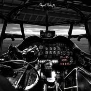 0014 Lancaster cockpit 1.jpg