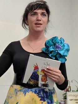 Julia, presents her book