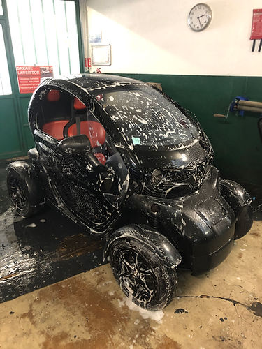voiture lavée.jpg