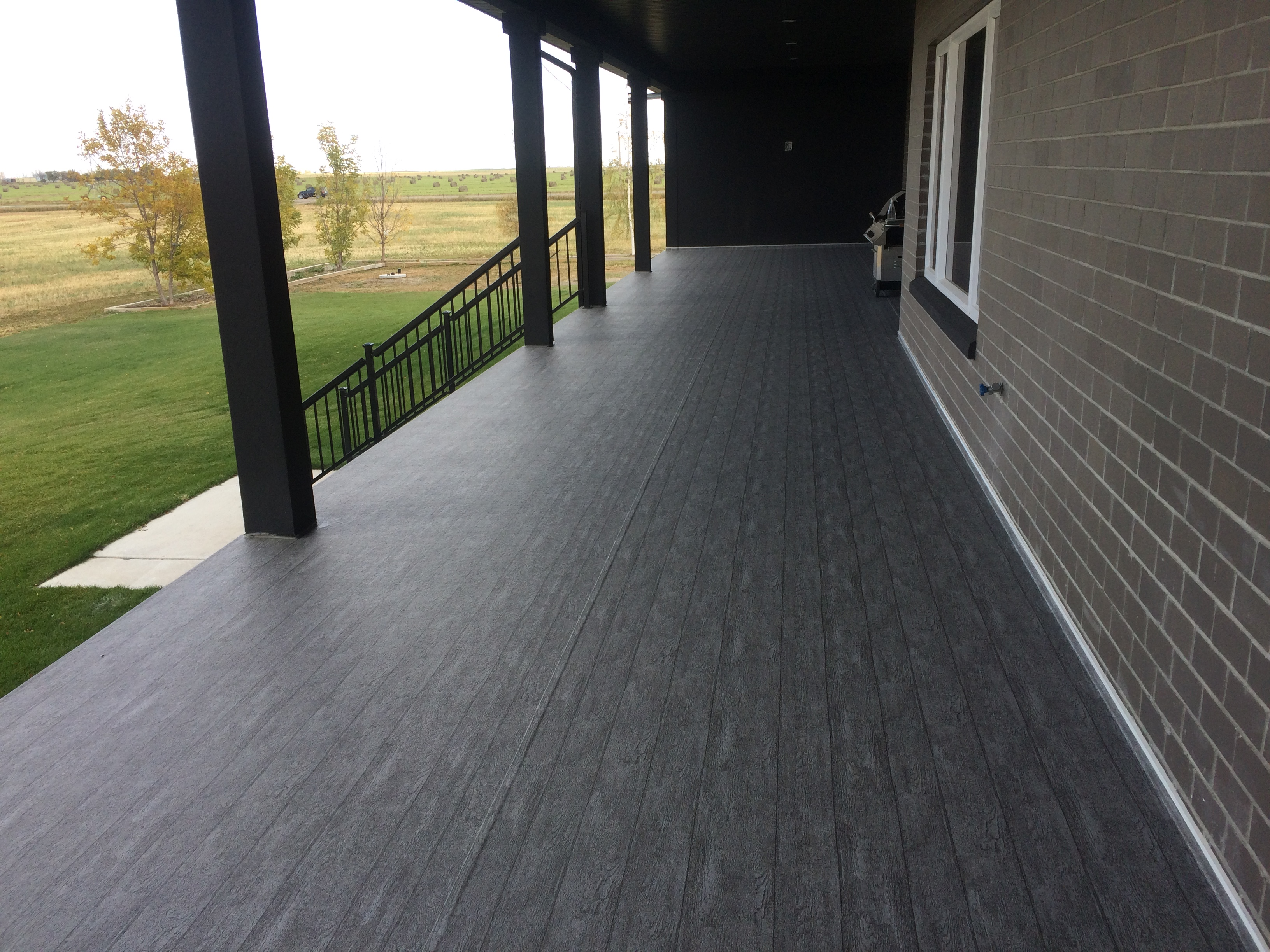 Vinyl Decking Red Deer