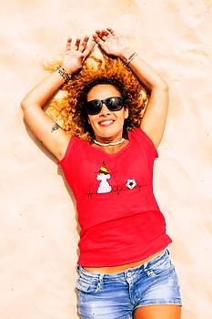 t-shirt-mockup-featuring-a-woman-lying-o