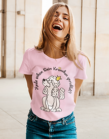 basic-tee-mockup-featuring-a-young-woman