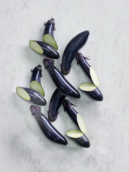 Eggplant Purple Long (มะเขือม่วงก้านดำ)