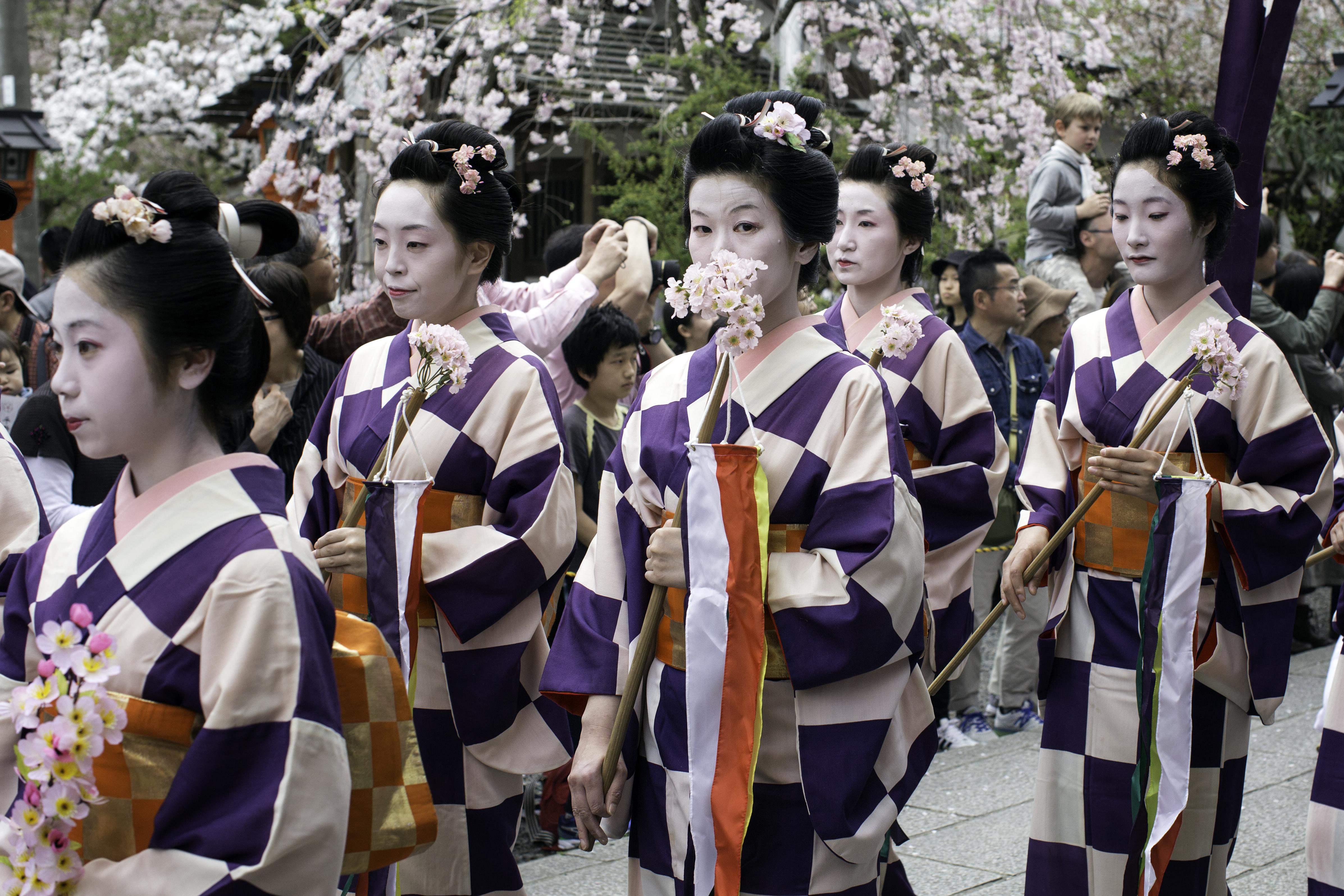 Parade Geisha 2