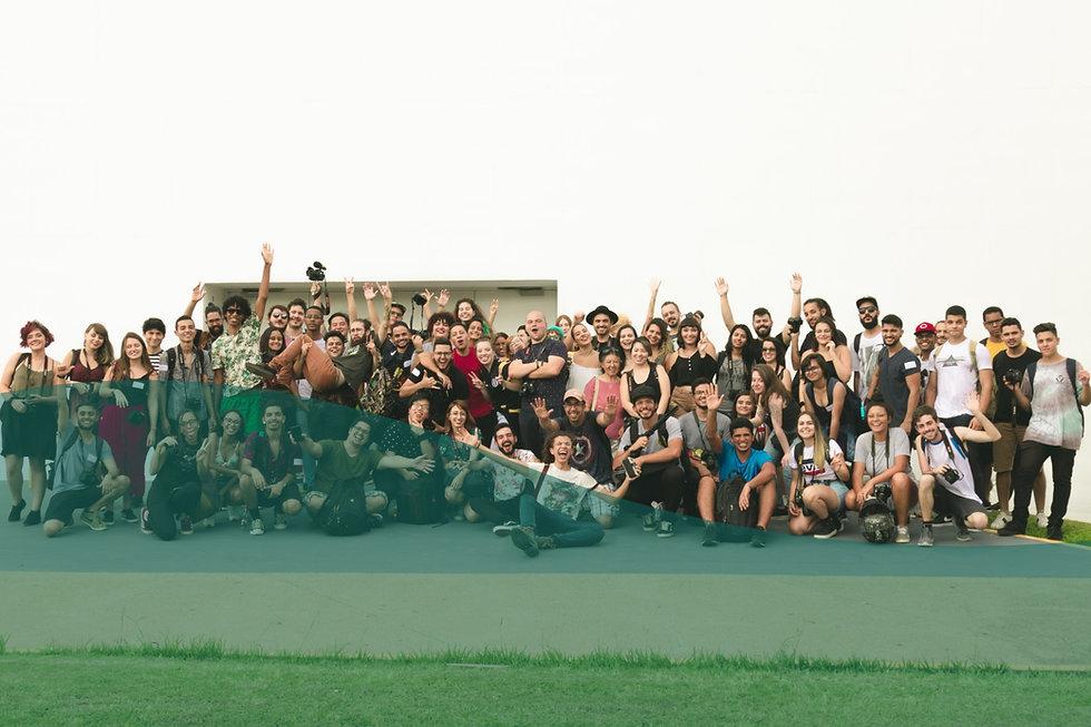 Volunteers-home-image_edited.jpg