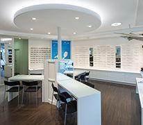 Beratungszone, Brillen, Lupen, Licht, Atmosphäre, Wohlbefinden, Willkommen, Gastfreundschaft
