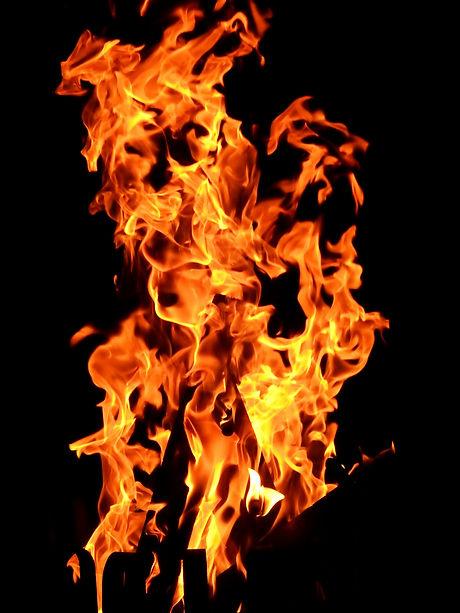 background-bonfire-burn-207353.jpg