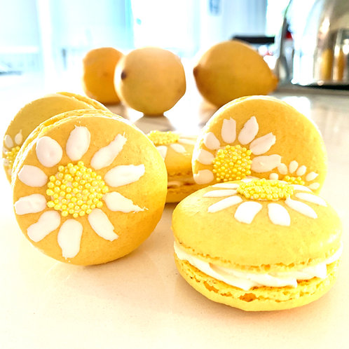 Lemon with Lemon Curd